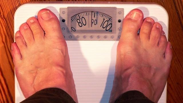 Cómo afecta el sobrepeso a nuestros pies