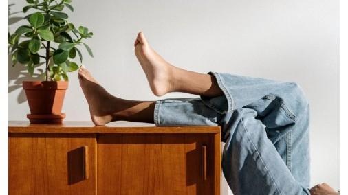 ¿Qué beneficios tiene andar sin calzado?